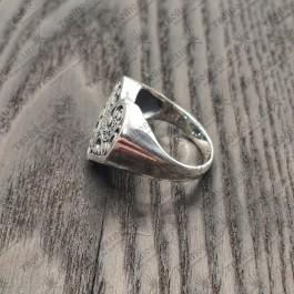 Перстень в форме сердца