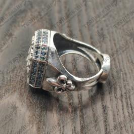 Серебряный перстень со Львом