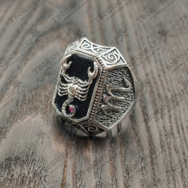 Серебряный мужской перстень Скорпион