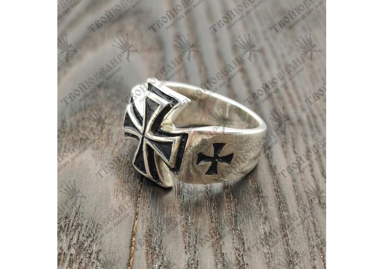 Серебряный перстень – Железный крест