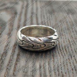 кольцо в виде Мотошина