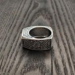 Перстень серебряный мужской с большим камнем