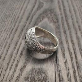 Перстень серебряный мужской с черным камнем