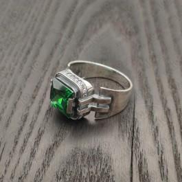 Серебряный мужской перстень с большим зеленым камнем